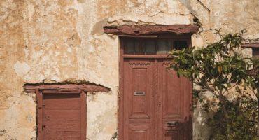 درب قدیمی چوبی 1
